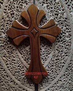 Salib gantung kayu jati